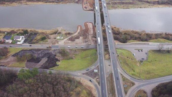 Grandiozinio projekto darbai įsibėgėja: kyla naujas tiltas per Nerį