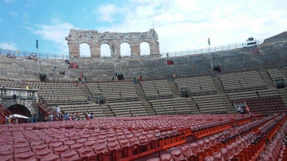 Operos festivalis Veronos arenoje