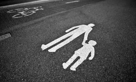 Kodėl keliuose žūva vaikai: pirmiausia reikia pradėti nuo tėvų klaidų
