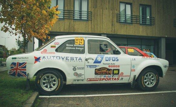 """D. Hollando ir A. Dainio ekipažas """"Saaremaa"""" ralyje važiavo senuku """"Ford Escort"""""""