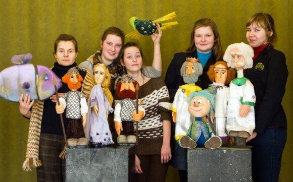 Būdas praskaidrinti nuotaiką - lėlių teatras