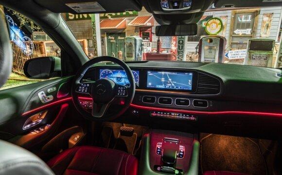 """Mercedes-Benz"" pristatė naująjį GLE"