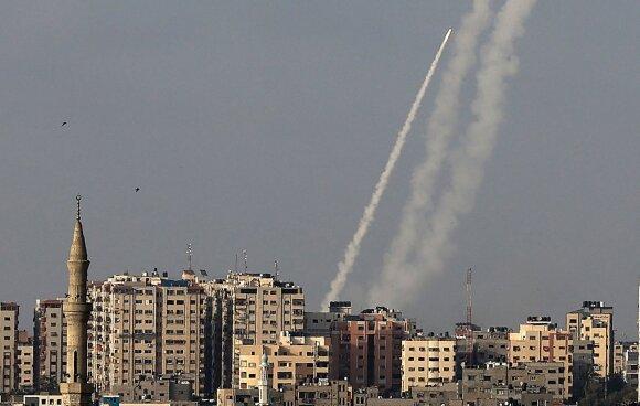 """Izraelis žada galingą atsaką: """"Hamas"""" peržengė neleistiną ribą"""