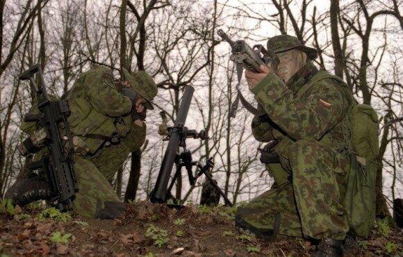 Įspėjimų dėl verslo ryšių Rusijoje neišgirdo: kokius sandorius ir kodėl laimina Lietuvos kariuomenė?