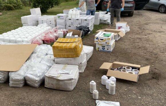 Sulaikyti nelegalius pesticidus į Lietuvą gabenę asmenys