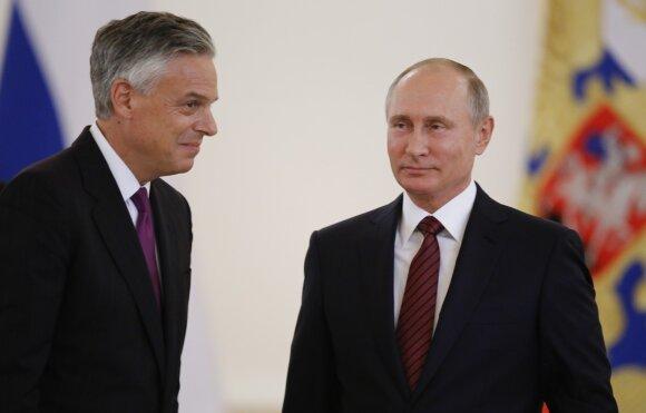 Jonas Huntsmanas, Vladimiras Putinas