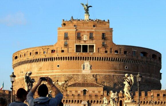 Tor di Nona bokštas Romoje
