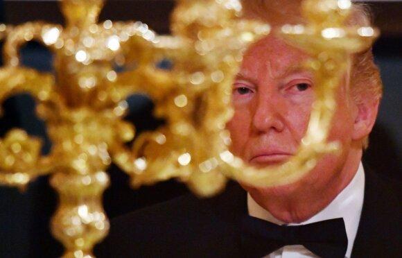 Skandalinga medžiaga: į viešumą lenda Trumpo aplinkos ryšiai su Rusija