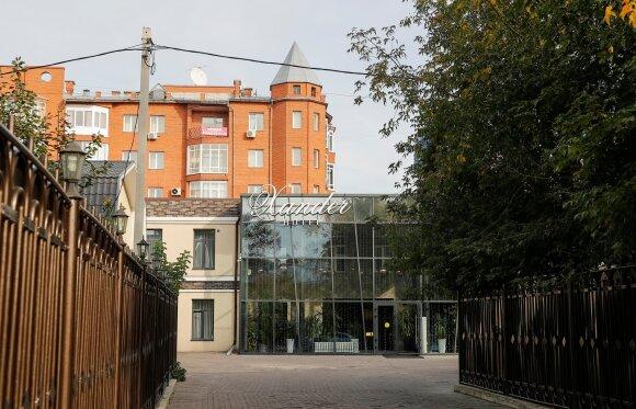 Viešbutis, kuriame buvo apsistojęs Aleksejus Navalnas