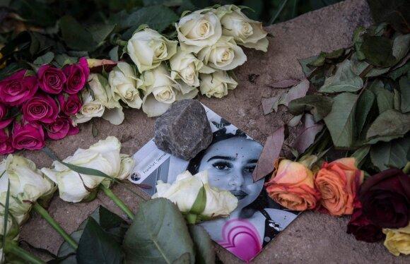 Vokietiją sukrėtė žvėriški jaunų merginų nužudymai: šalis bunda iš pasakiškos būsenos