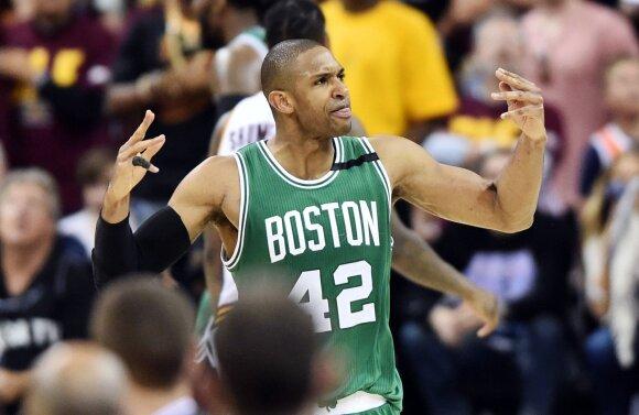 """Ar K. Irvingu ir G. Haywardu pasipildęs """"Celtics"""" gali pasiekti daugiau nei pernai?"""