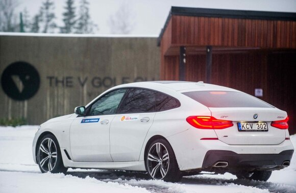 """BMW 6 GT"""