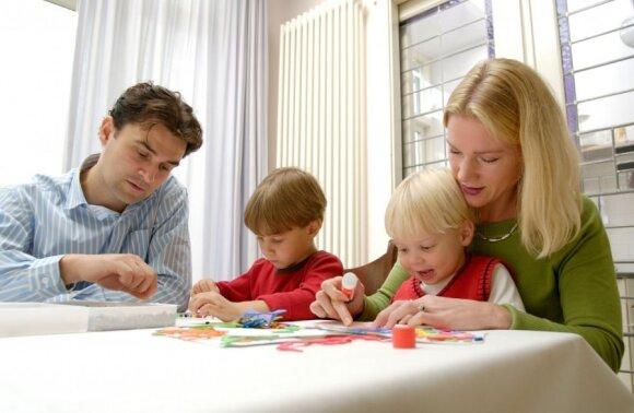 Kodėl būtina atsakyti į vaikų klausimus, net jei nežinote atsakymo