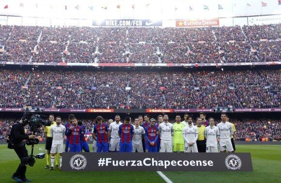 Žuvusių futbolininkų pagerbimas Barselonoje
