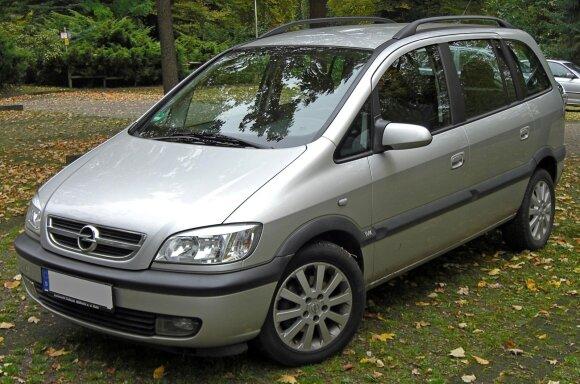 Opel Zafira / S 400 HYBRID nuotr.