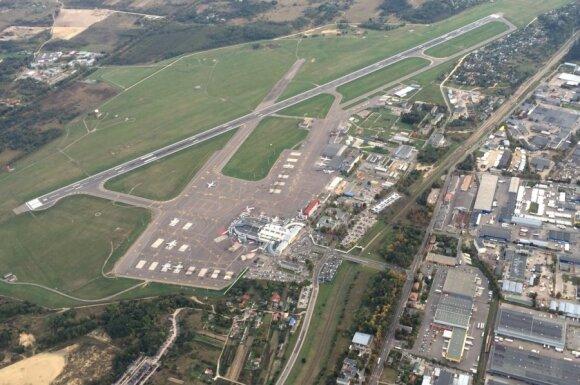 Tai prasideda: Vilniaus oro uostas užveria duris, vadžias perima Kaunas