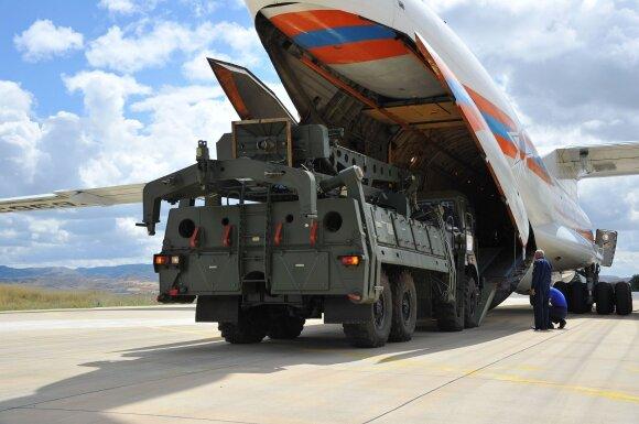 Į Turkiją pristatyta S-400 sistema