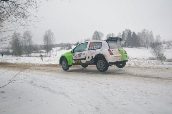 """Lietuviai ruošiasi """"Arctic Lapland Rally"""" šturmui"""