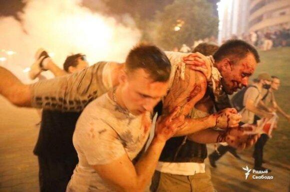 В Беларуси прошли массовые протесты и столкновения, есть пострадавшие