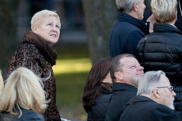 Konservatoriai šnairuoja į Ušacką: ko siekia į prezidento rinkimus besiveržiantis politikas?