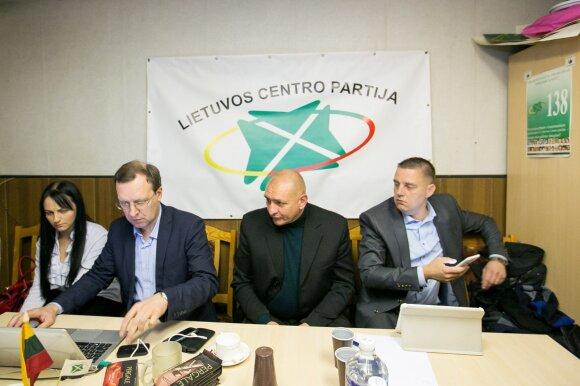 Partijos jau laukia rezultatų: šiąnakt bus formuojama koalicija?