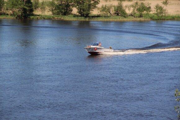 Pasiplaukiojimas valtele: kur ši pramoga – neįmanoma?