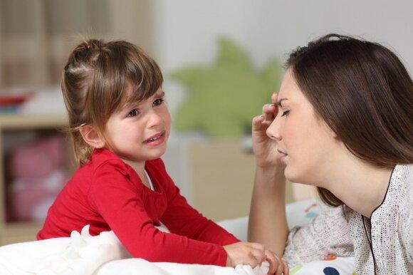 Pavargusi mama: padėkite, baigiu išprotėti nuo savo vaikų