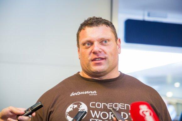 Po skandalo dėl paviešintų intymių kadrų internete – atviras Žydrūno Savicko interviu: per dvi savaites netekau 10 tūkst. sekėjų