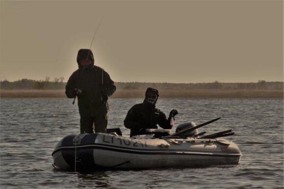 spiningautojai iš valties