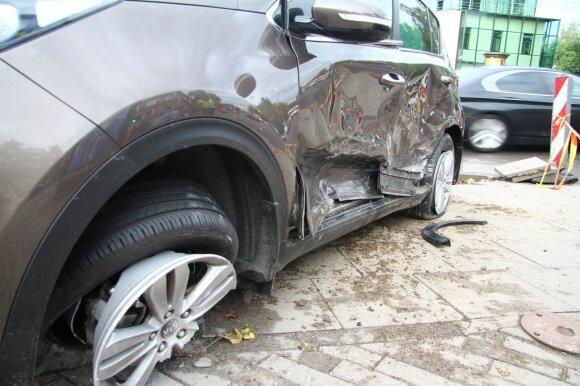 Vilniuje avariją sukėlė neblaivus BMW vairuotojas
