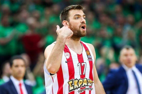 """""""Barcelonos"""" slovėnas grįžta į gimtinę, """"Olympiakos"""" senbuvis žais Rusijoje"""