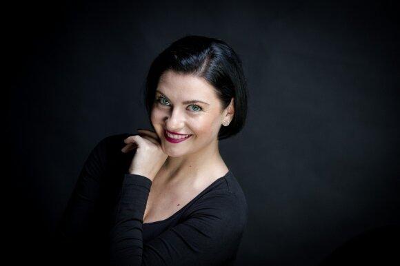 Solistė Jomantė Šležaitė: šalia savęs matau žmogų, kuris būtų toks pat atviras pasauliui, nuotykiams ir kelionėms