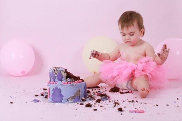 15 nuotraukų iš kūdikio albumo: kokių akimirkų nepražiopsoti