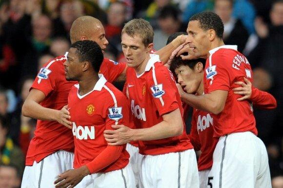 """""""Manchester United"""" futbolininkai"""
