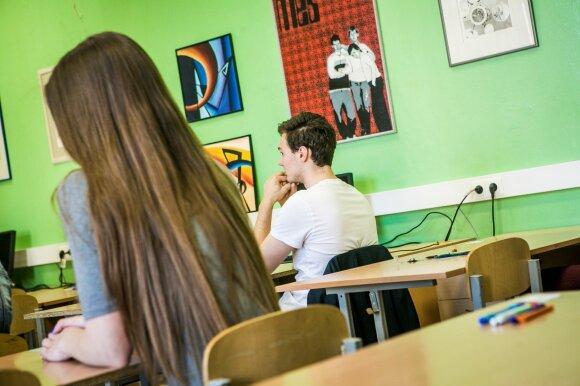 Naujovė, aplenkianti dalį mokyklų: ko iš tiesų bijo mokytojai?