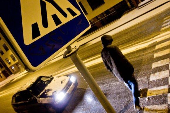 Metas keisti įpročius: kada vairuotojai išties privalo praleisti pėsčiuosius?