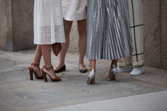 Ką daryti, kad sijonas nesisukiotų aplink juosmenį?