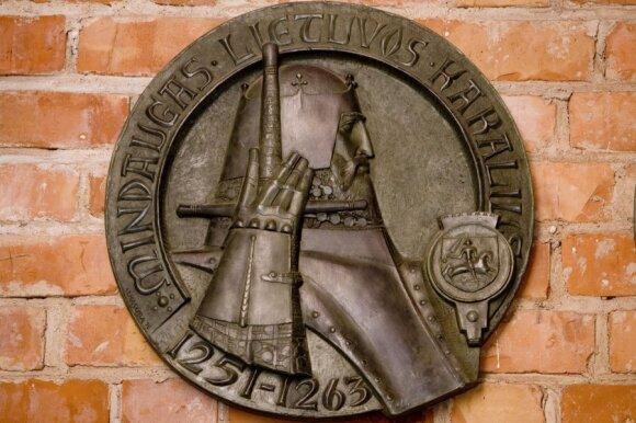 Istorikai apie trečią Lietuvos gimtadienį: jei valstybė atsibunda iš komos, ji turi teisę švęsti