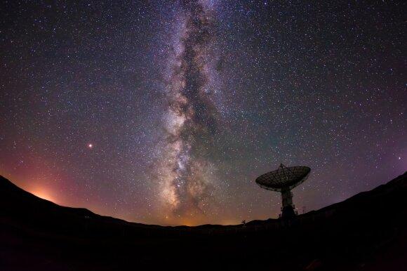Iš tolimojo kosmoso sklinda signalai