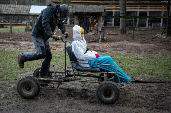 Apsigyvenę kaime lietuviai savo pomėgį pavertė verslu: už tokią pačią pramogą svetur paklotumėte trigubai daugiau