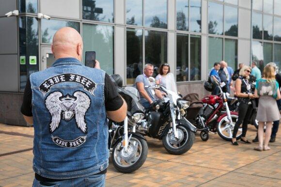 Motociklininkams siūlo išskirtinę galimybę – pažintį su Baltijos kelio herojais