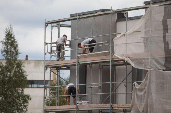 Statybų sektorius ruošiasi blogiausiam: stringant projektams, lieka be darbo, išliks ne visi