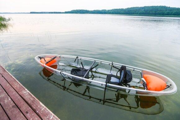 Traukiniu aplankė kelių šimtų ežerų kraštą: vieta, trokštantiems natūralios gamtos
