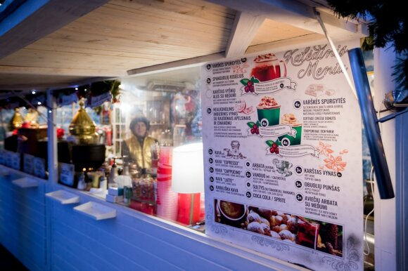 Vilnietis rėžė prekių kainomis sostinės Kalėdų mugėje pasipiktinusiam Dainiui: Berlyne negautum pigiau