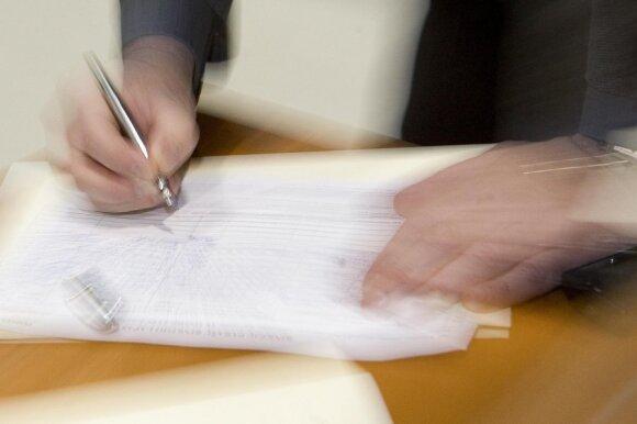 Niekada nepulkite pasirašyti sutarčių gerai jų neišnagrinėję