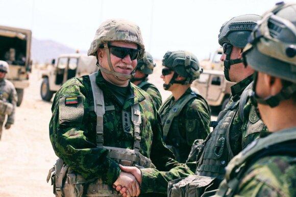 Nausėda prasitarė apie kariuomenės vado kandidatūrą: neneigia, kad siūlys santūrųjį generolą