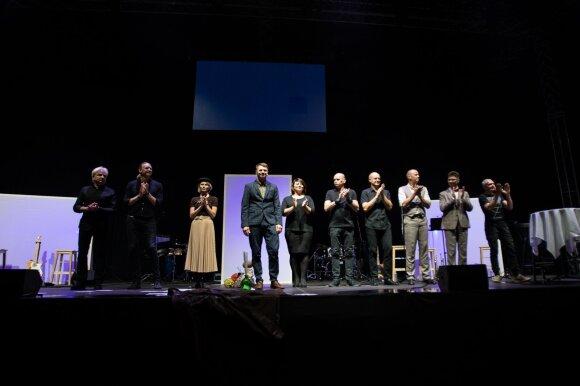 """Rolandas Kazlas ir """"Poetai ateina"""" atidarė festivalį """"Untold City"""""""