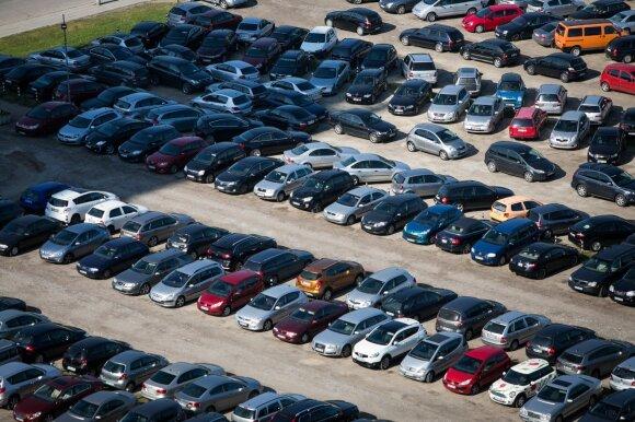 Techninės apžiūros sistemoje – spraga vairuotojams?