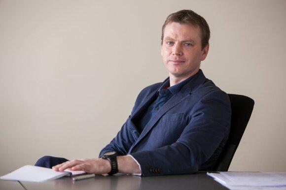 """Papasakojo, kaip apsisaugotume nuo kibernetinių atakų: skrydžių valdymui Lietuva turi net atskirą """"internetą"""""""