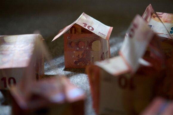Pasiūlymas uždirbti 2 tūkst. eurų atsirūgo: darbdavys nemoka pinigų, grasina susidoroti
